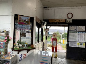桜木駅舎内のアンパンマン